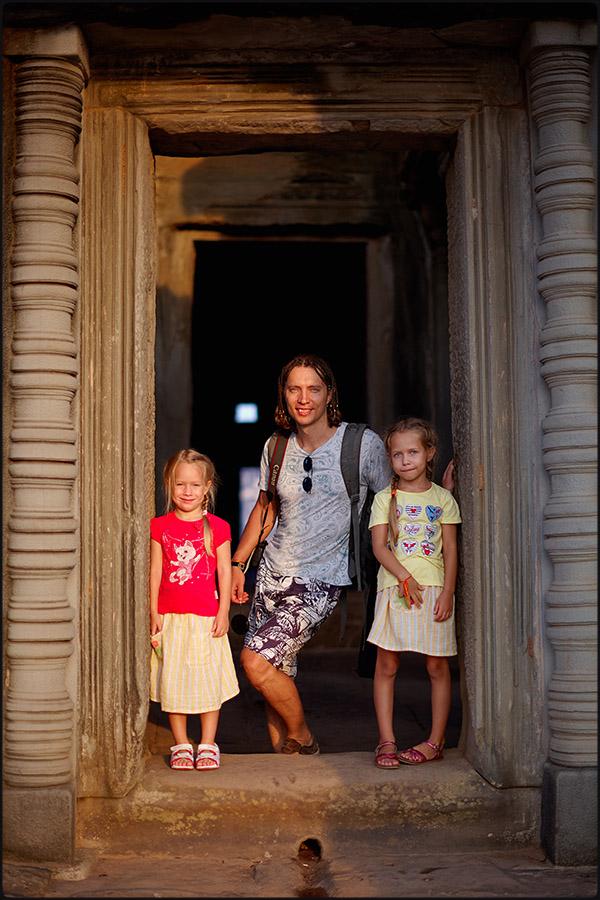 300-145camb_Angkor Wat0007.jpg