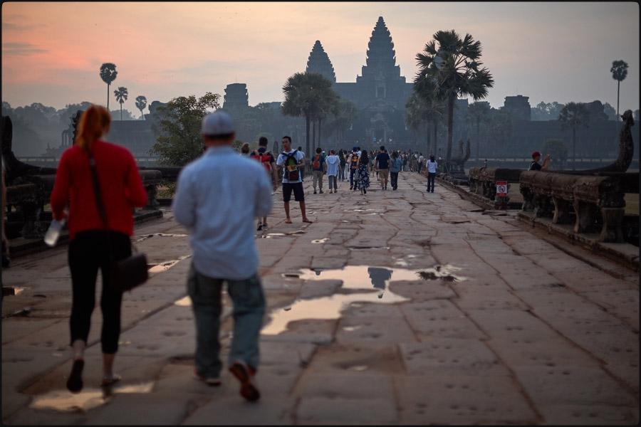 310-135camb_Angkor Wat0001.jpg