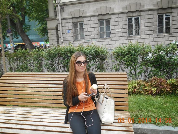 Познакомился с русской девушкой на улице фото 553-600