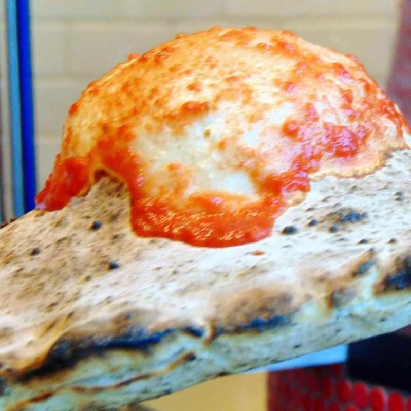 vesuvio-bombe-pizza-courtesy-nella-pizza-e-nella-pasta.jpg