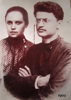 Trotsky-Sokolovskaia-1902