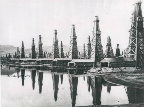 Баку нефтяные вышки 1941