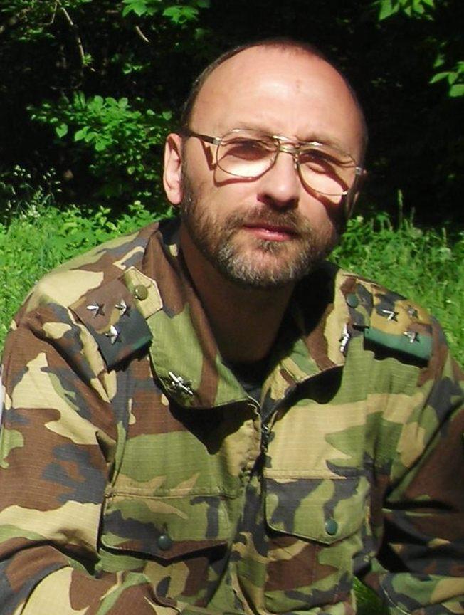 директор спецпрограмм Московского центра защиты от стресса Алексей Захаров