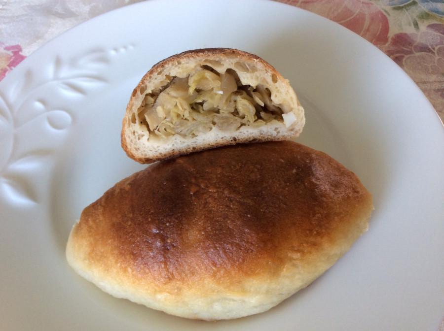 калорийность печёного пирожка с капустой