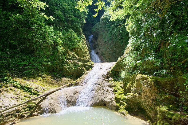 Вот этот самый водопад в фиксации фото Виктора Не