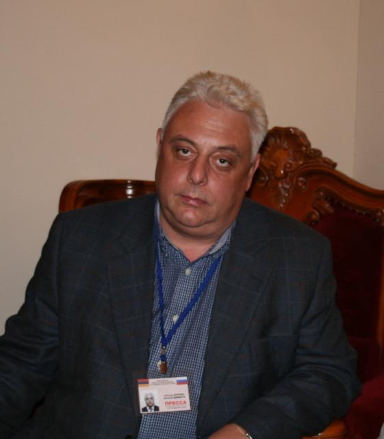 Известный журналист главный редактор
