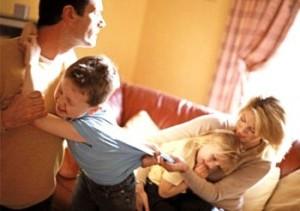 В прошлой статье, мы разобрались в самых популярных причинах возникновения семейных конфликтов из-за недопонимания супругов, а также поняли, к