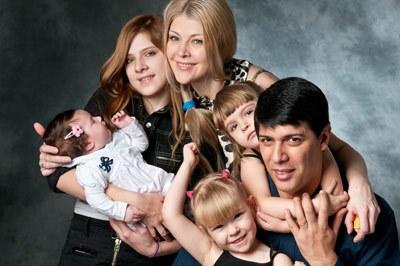 Девочки в многодетной семье