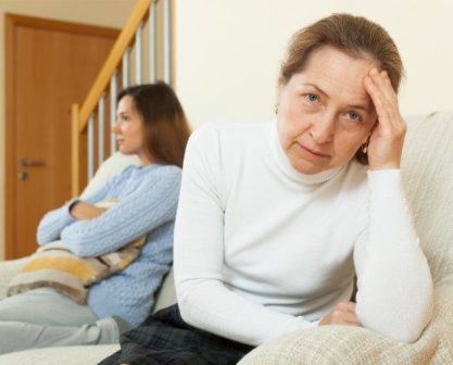 Семейные ссоры из-за свекрови, тёщи