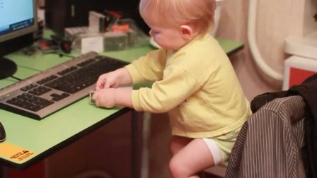 Научить пользоваться малыша