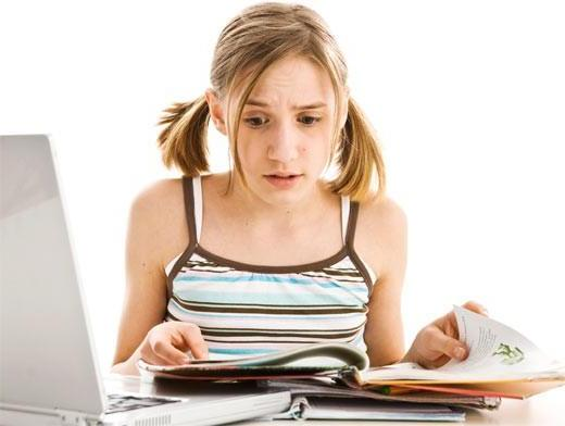 Девочка и польза от чтения книг
