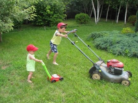 Две вредные крайности воспитания, которые использует большинство родителей