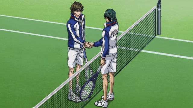 Kaidoh and Tezuka shaking hands over the net.