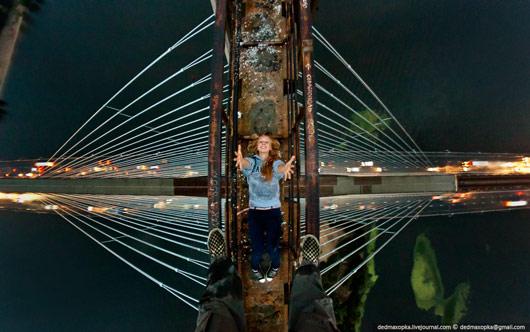 Чёто как-то стрёмно при виде этого мост, просто пиздез высота, страшно то как ЖЖ