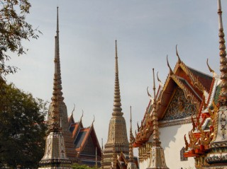 Gorgeous spires at Wat Po