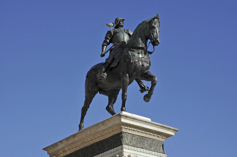 Бартоломео Коллеони. Памятник дня.