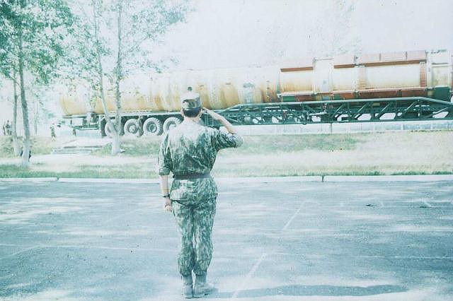 Прощание с ракетной установкой Р-36М, Алейск