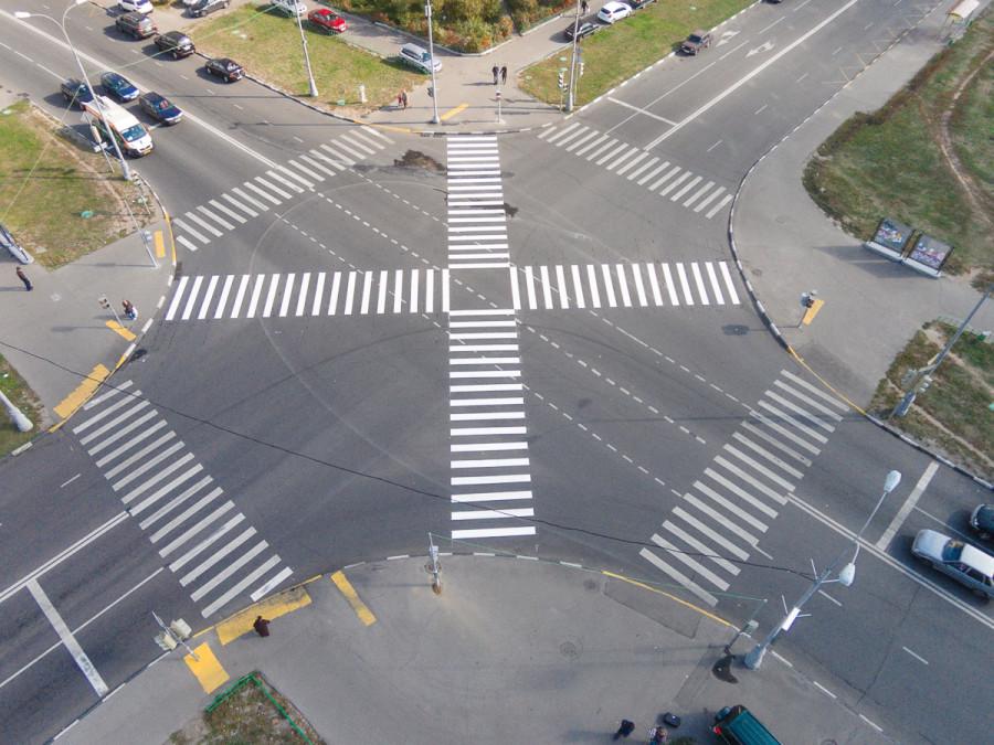 картинка перекресток с пешеходным переходом него полностью