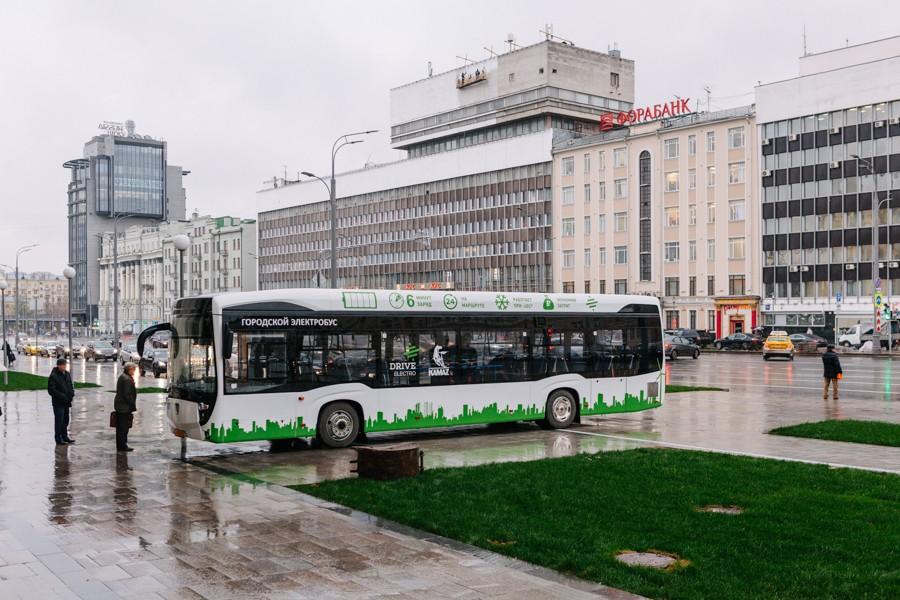 Самое время прикупить акции заводов по производству электробусов