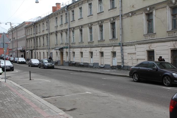 Халява кончилась: введены платные парковки _pic