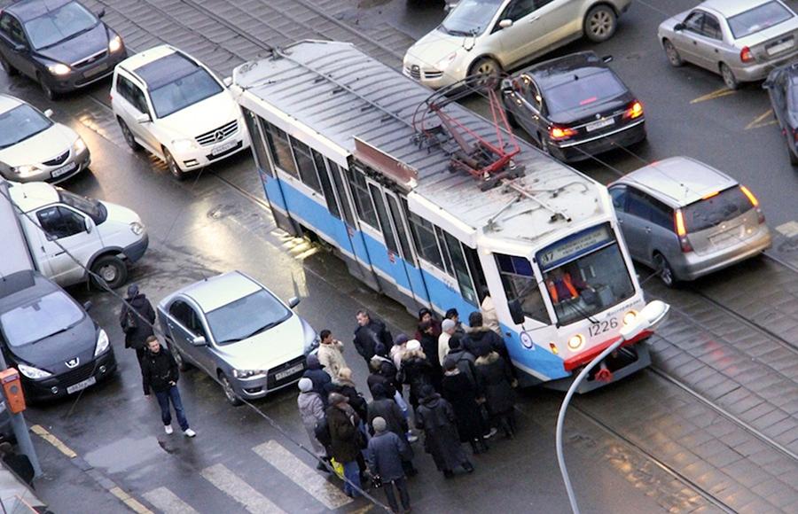 Турникеты в трамваях надо срочно убирать! 02