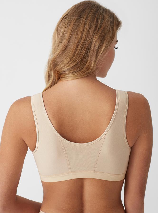 На спине застежки нет – в таком бюстгальтере удобно лежать, спать, проходить процедуры