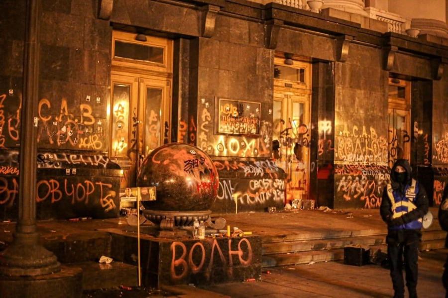 Украина: бандиты, герои, патриоты, клептоманы и трусы в одном лице
