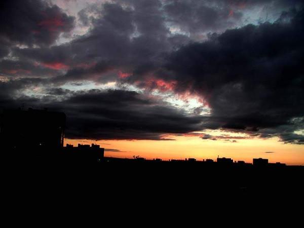 зловещий закат
