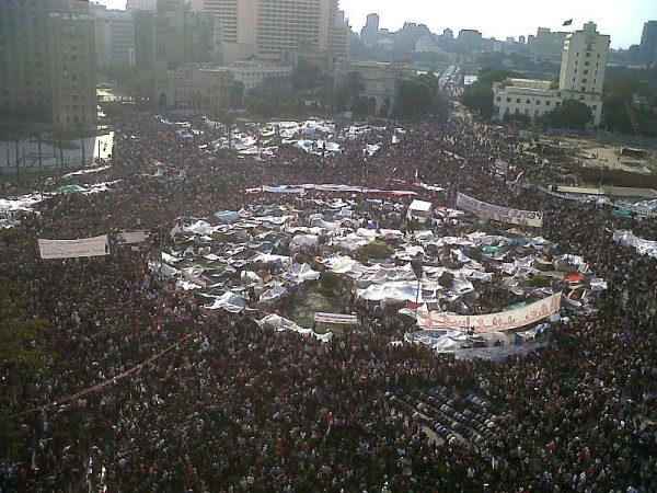 800px-Tahrir_Square_during_8_February_2011