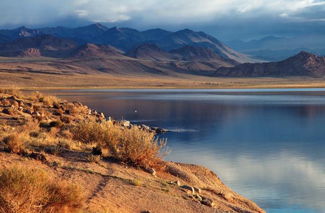 12-uvs-nuur-basin-mongolia