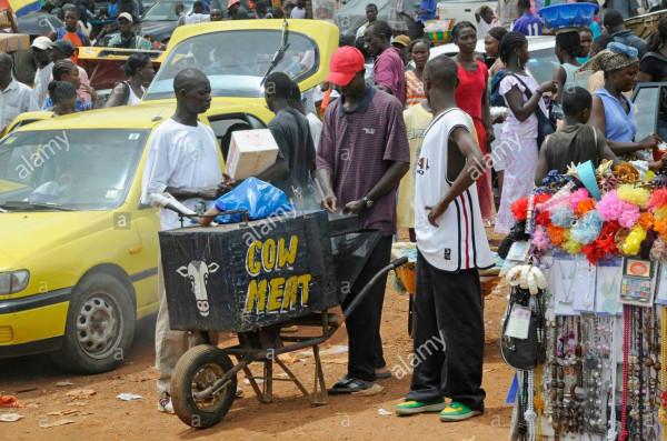 street-vendor-selling-cow-meat-monrovia-liberia-B7388D