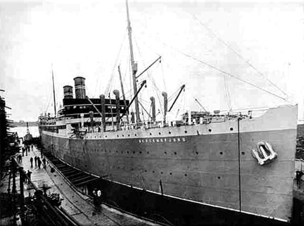 SS kristianiafjord - Trotsky -  Russian Revolution - Peter Crawford