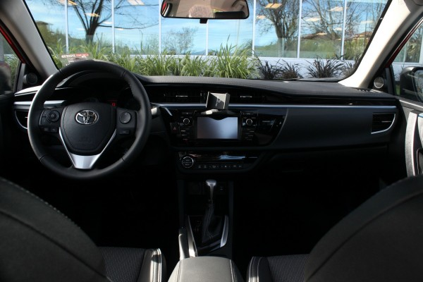 Toyota09.jpg