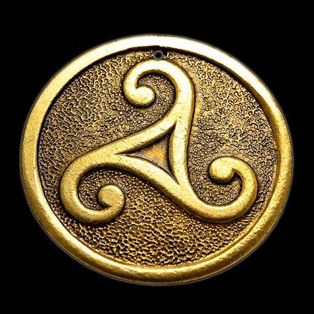 Трискелион золотой