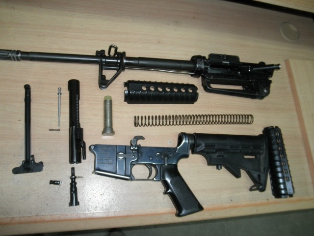 Олег Валецкий - Разборка карабина М-4,для чистки оружия
