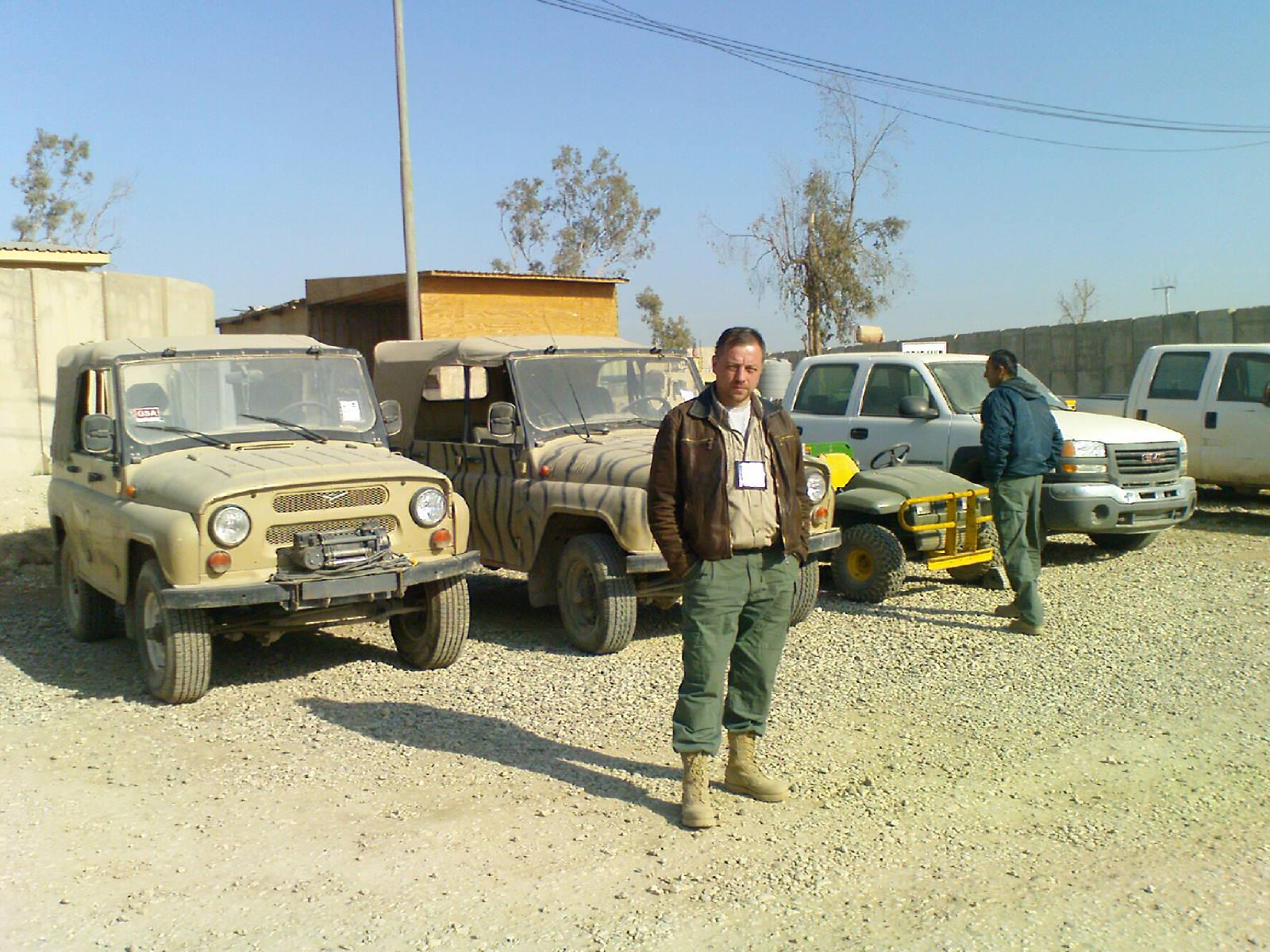 Oleg v Mosule pered UAZam