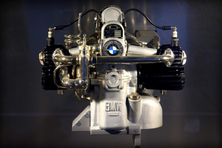 Какой самый надёжный двигатель у бмв