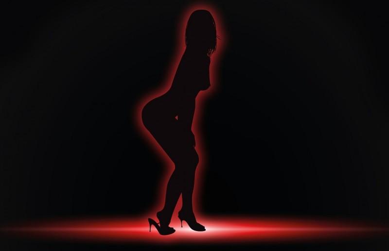 striptease-444687_1280