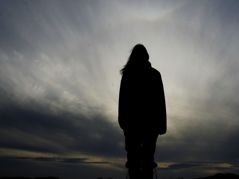 person_one_silhouette_solitude_freedom_54220_2560x1440