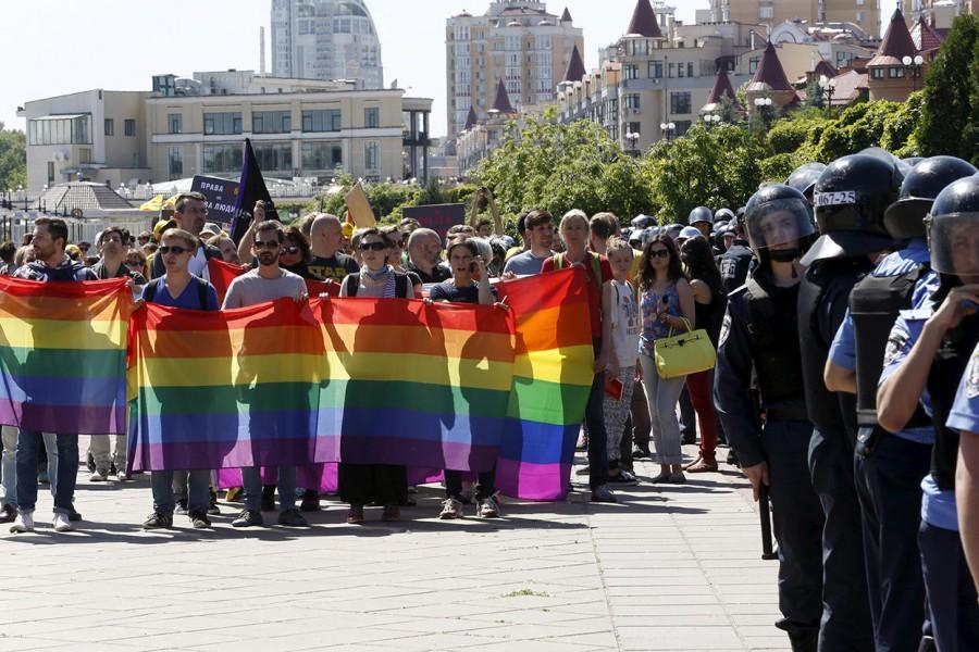 Гей-парад в Киеве szww0LXpzkeDe3oXTa0S_A