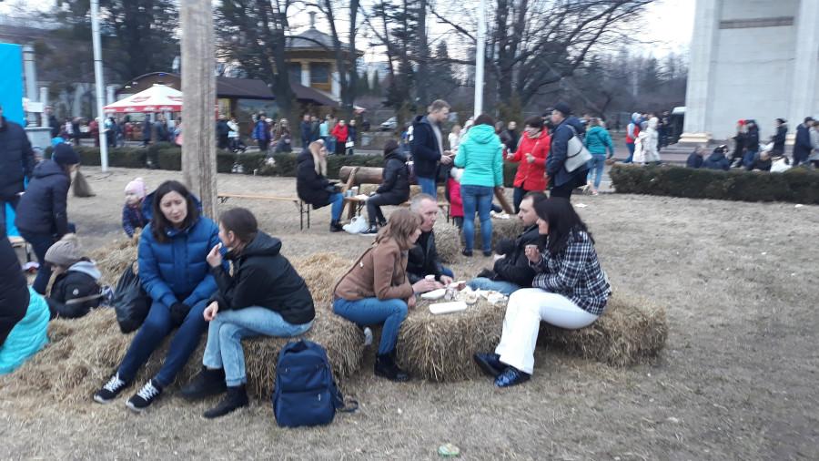 Праздничная ярмарка на ВДНГ (Киев) 20190309_171757