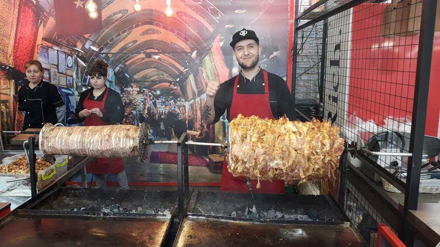 Фестиваль уличной еды в Киеве в День выборов 20190331_122619