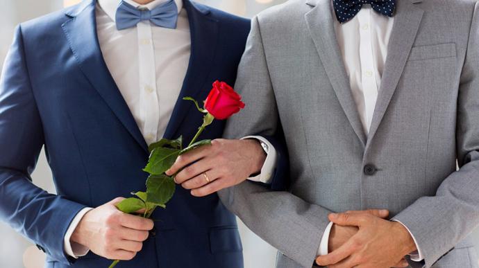 РФ обязали узаконить однополые браки