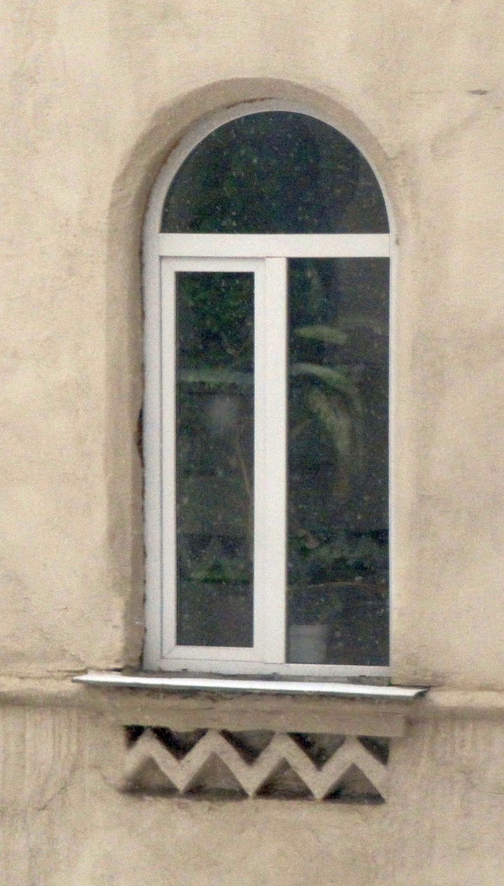 Окно флигеля