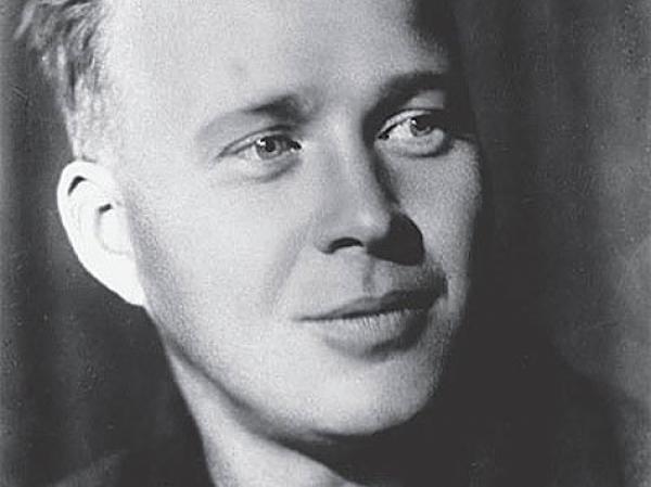 Начиная с 1935 года, за исключением рассказа чук и гек, у гайдара не вышло в свет ни одного произведения
