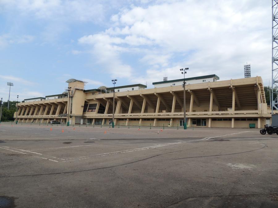 Фасад стадиона Торпедо