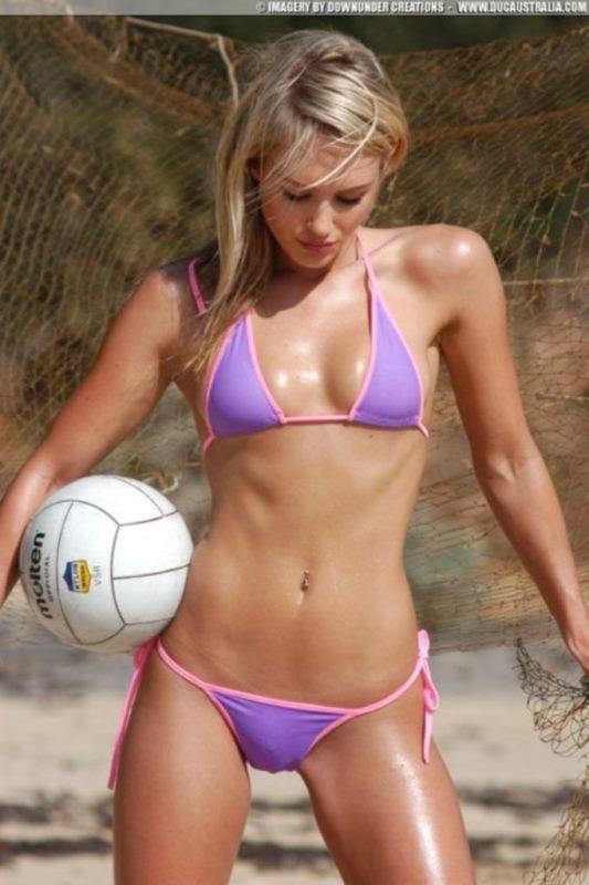 Эротика напляжном волейболе фото 18-624