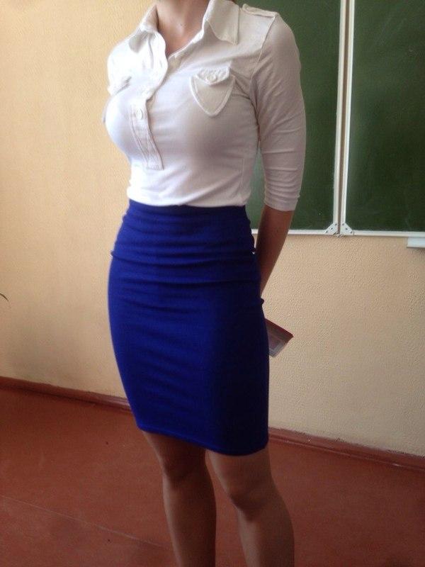 Учительницы в мини юбке 25 фотография