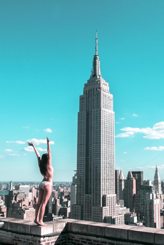 Трахнул на крыше небоскреба 23 фотография