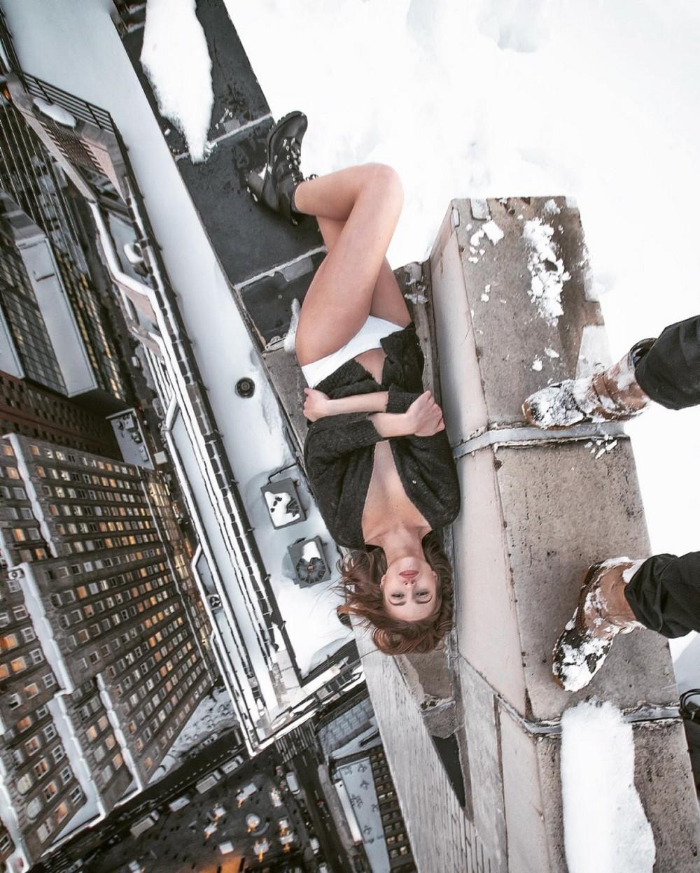 Трахнул на крыше небоскреба 16 фотография